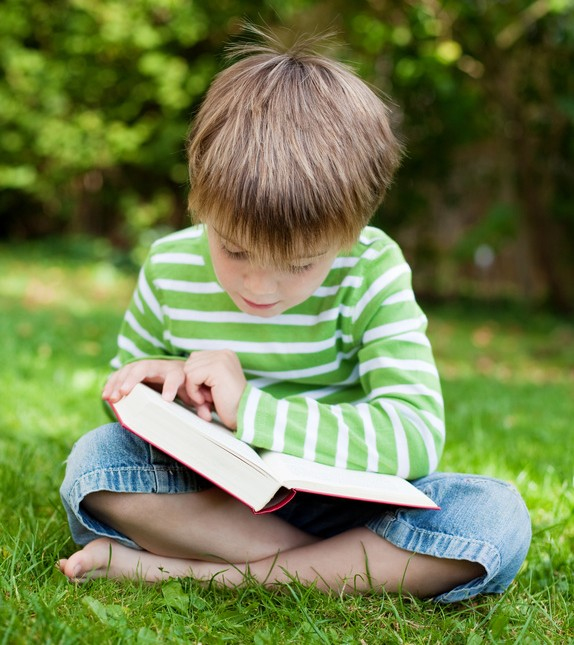 5 Tips to Help Your Child Learn to Read - Red Apple Reading