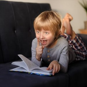 3 simple ways reading can boost your child's mental health
